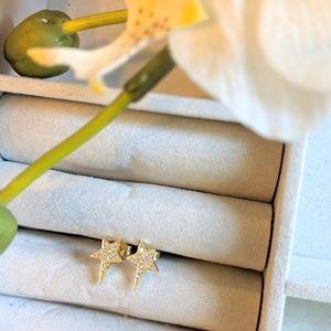 Jewelry - Gold Stars with diamonds